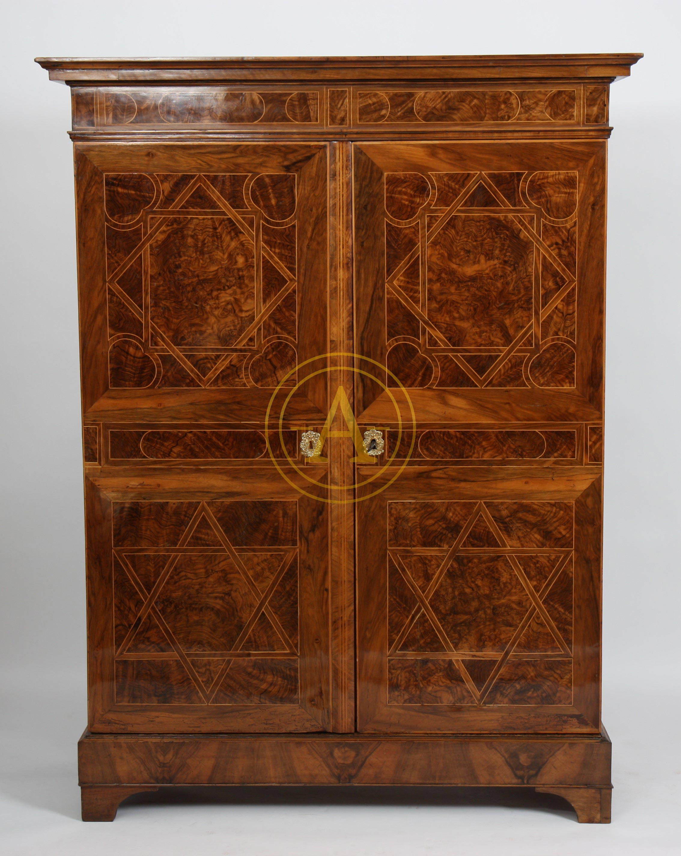 armoire marquetee louis xiv antiques trade gallery. Black Bedroom Furniture Sets. Home Design Ideas