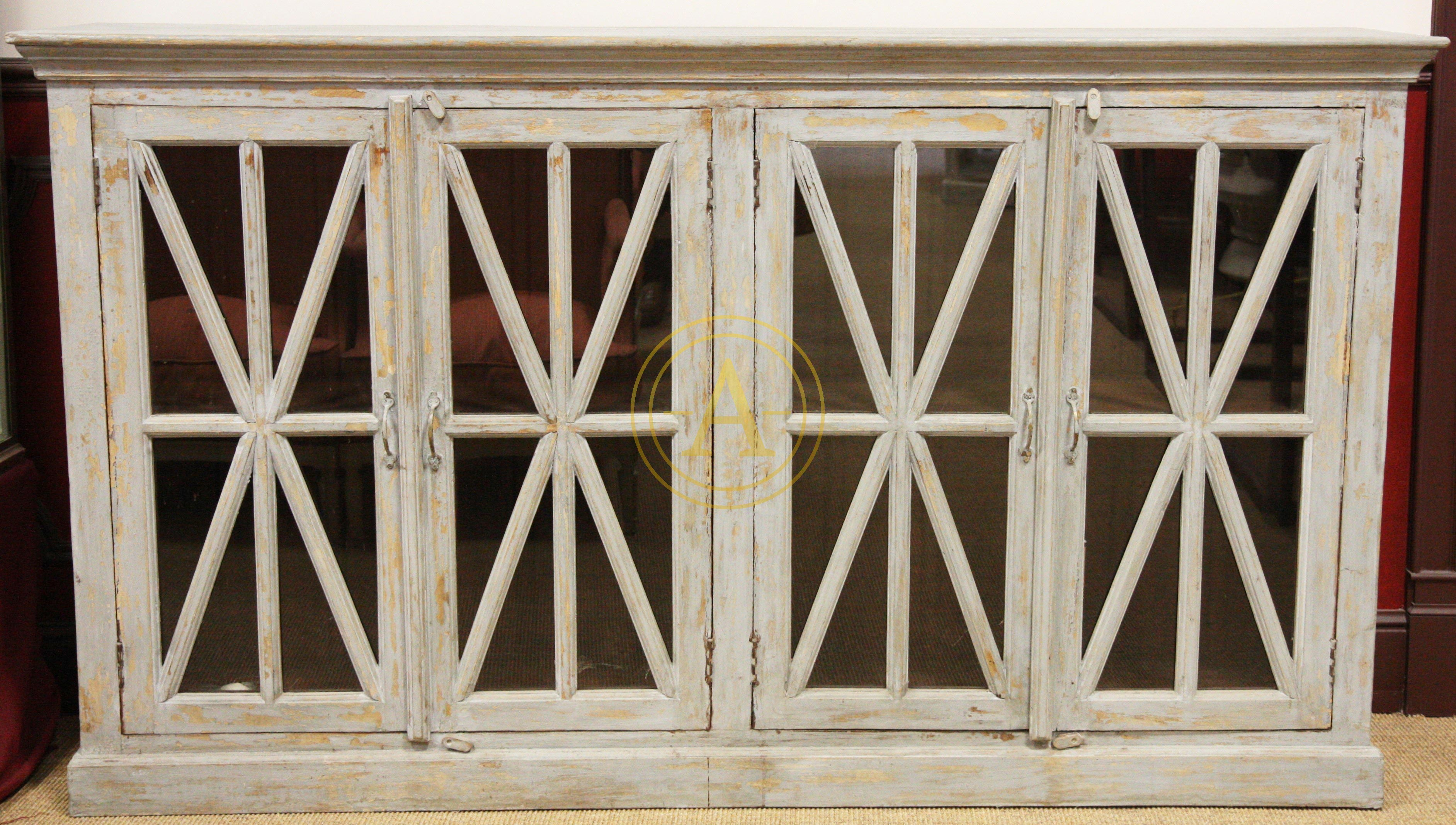 buffet bas en bois laque patine antiques trade gallery. Black Bedroom Furniture Sets. Home Design Ideas